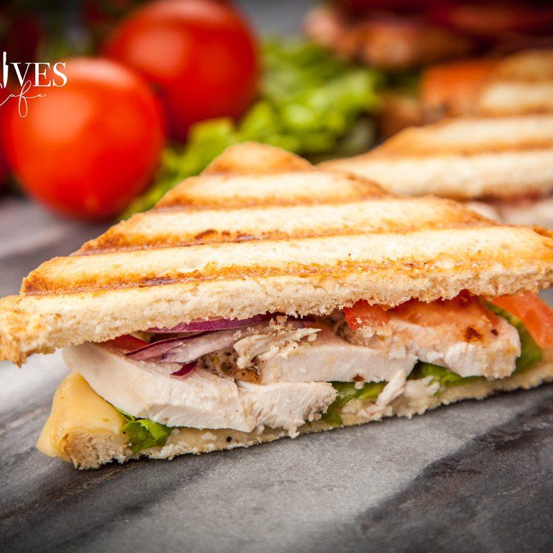 5-knives-cafe-grilled-sandwich